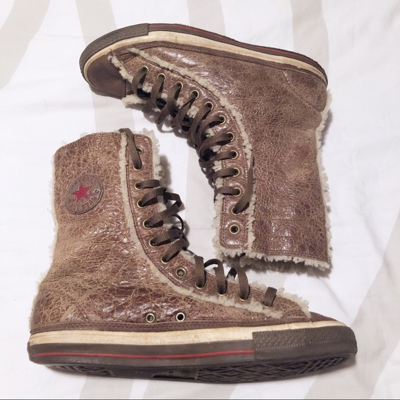 6e71d11a609c2f Converse Other - Converse cracked leather and wool sneaker boots!